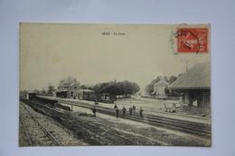 SEES-la Gare-animee-papier Glace - Sees