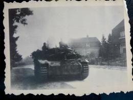 PHOTO WW2 WWII : CANON D'ASSAUT ** StuH 42 **          //1.18 - Guerra, Militari