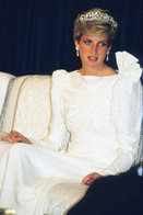 (NZ80-073)  Diana Princess Of Wales  British Royal Family  , Pre-stamped Card Postal Stationery-Postsache - Royalties, Royals