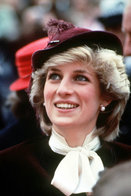 (NZ80-092)  Diana Princess Of Wales  British Royal Family  , Pre-stamped Card Postal Stationery-Postsache - Royalties, Royals