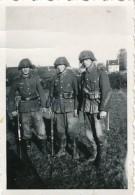AC -  B3301  (Photo PF-format 62x87mm) - Période IIIème Reich - Scène De  Vie  Militaire - War, Military