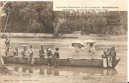 CPA - INDE - Hindoustan - KUMBAKONAM- Catéchistes De Marie Immaculée - PIrogue - - Inde