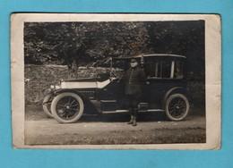 Voiture Ancienne Automobile 1920 Carte Photo Format 9x14 ( Angles Arrondis Un Peu Sale Legers Plis Vendue Dans L 'etat ) - Voitures De Tourisme