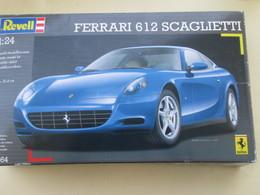 MAQ518 : Maquette Plastique à Monter REVELL 1/24e FERRARI 612 SCAGLIETTI Complete Non Commencée + 3 Pots Peinture+ Colle - Cars