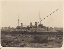 Photo Bateau Canal Zeebruges Zeebrugge En 1922 Le D'entrecasteaux Cuirassé - Orte