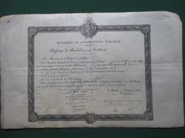 REUNION - DIPLOME DE BACHELIER ES LETTRES  DE  DERAMOND OCTAVE PERE DE RAYMOND BARRE  ( 43,5 CM. X 27 CM. ) - Diplomas Y Calificaciones Escolares