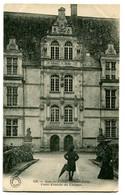 CPA 37 Indre Et Loire Azay-le-Rideau Porte D'entrée Du Château Animé - Azay-le-Rideau