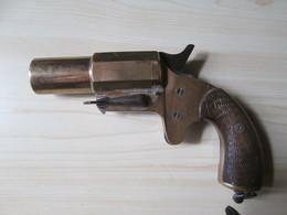 Pistolet Lance Fusees Règlementaire Francais 1914-1918 Et Sa Doulle - 1914-18