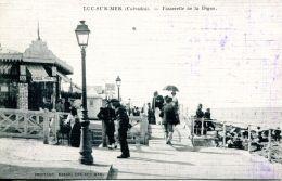 N°661 A -cpa Luc Sur Mer -passerelle De La Digue- - Luc Sur Mer