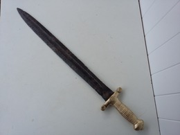 Glaive Ancien Gorge Centrale Origine à Déterminer - Knives/Swords