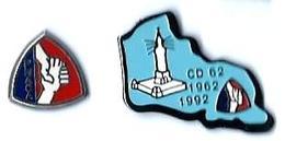 GUERRE 1952/1962 - G16 - FNACA - AFRIQUE DU NORD - 2 Pin's - Verso : / SM / PIN'S An... - Militaria