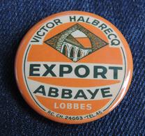 Pin Button Badge Ø38mm (bière) Victor Halbrecq EXPORT ABBAYE  ( LOBBES ) - Bière