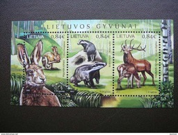 The Royal Stag. European Hare. The Badger. Lietuva Litauen Lituanie Litouwen Lithuania 2017 MNH # Mi. 1256/8 Block - Lituanie
