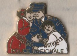 2 Pin's: Orphelinat Mutualiste De La Police Nationale - - Polizei