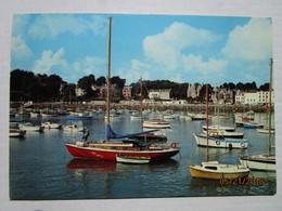 CP 22 - SAINT QUAY PORTRIEUX -  Les Ports Bretons -  Le Port - Saint-Quay-Portrieux