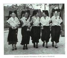 Mädchen In Der Schmucken Kaiserstuehler Tracht  / Druck, Entnommen Aus Zeitschrift /1936 - Bücher, Zeitschriften, Comics