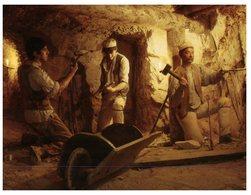 (777) Australia - VIC - Sovereign Hill - Quartz Mining - Mijnen
