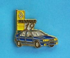 1 PIN'S //   ** RENAULT 19 ** - Renault