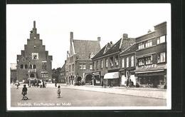 CPA Waalwijk, Raadhuisplein En Markt - Waalwijk