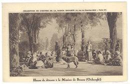 Oubanghi - Heure De Détente à La Mission De Bessou   ( S. 2841 ) - Cartes Postales