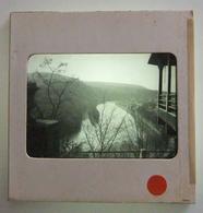 Plaque De Verre Positive Sous Carton - Fumay - Hôtel Des Roches - Vue Sur La Meuse - Glass Slides
