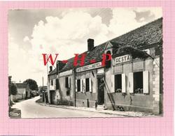 CPSM - VILLIERS LOUIS - La Place  -Café Tabac Hôtel Restaurant  épicerie - Autres Communes
