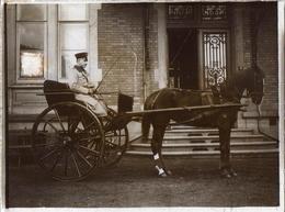 Plaque De Verre Positif Originale Cocher Sur Son Attelage Calèche Vers 1910 - Soldat Allemand ? - Glass Slides