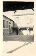 PHOTO : ECOLE DE LAGUPIE (47) - PREAU CLASSE DES FILLES (à Coté Du Café) - Lieux