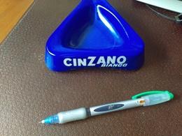 Cendrier  Cinzano  Bleu Blanc  BIANCO  Magnier Blangy N°26 - Ashtrays