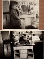 2 Photos Originales Jeu & Jouet  Dinette, Cuisine, Epicerie, Téléphone, Marchande & Accessoires, Vers 1940/50 - Gegenstände