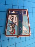 """Superbe Insigne """"pucelle"""" 53e REGIMENT DE TRANSMISSIONS Par Y DELSART - Armée De Terre"""