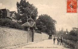95 CORMEILLES-en-PARISIS  Devant Le Paradou - Cormeilles En Parisis