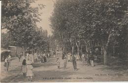Vallabrègues - Cours Lafayette - France