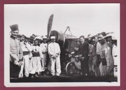 240518 - 1937 PHOTO DE PRESSE AVIATION - ROLAND GARROS à Son Arrivée à Tunis Photo Rétrospective - Airmen, Fliers