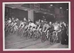 240518 - 1937 PHOTO DE PRESSE AVIATION VELO CYCLISME - Aviatrice MARYSE BASTIE Au Départ Des Six Jours Au VEL D'HIV - Airmen, Fliers
