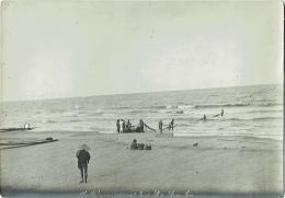 Foto/Grande Photo. Vietnam. Pêcheurs Retirant Leurs Filets . Sam Son Beach. - Lieux