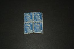 FR886-bloc De 4 MNH  France  1951 - SC. 653 -    15fr. Ultra      - Marianne - 1945-54 Marianne De Gandon