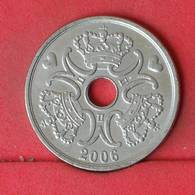 DENMARK 5 KRONE 2006 -    KM# 869,2 - (Nº23028) - Denmark