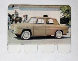 Plaque Métal Voiture Renault R8 L'auto à Travers Les âges COOP 1964 - Automobile