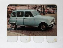 Plaque Métal Voiture Renault 4L R4  L'auto à Travers Les âges COOP 1964 - Automobile