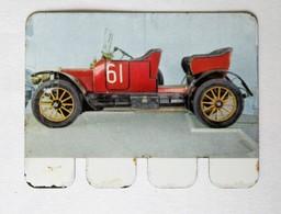 Plaque Métal Voiture Unic 1912 4 Cylindres L'auto à Travers Les âges COOP 1964 - Automotive