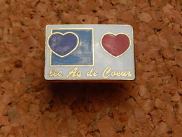 Pin's - SUISSE - LES AS DE COEUR - Badges