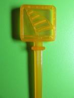 028 - Touilleur - Agitateur - Mélangeur à Boisson - Sport - Voilier Orange - Swizzle Sticks
