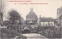 LE VAST - Village Et Pont Des Grands Moulins - Animé - RARE - Frankreich