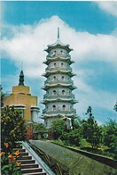 Postcard Hong Kong The Tiger Pagoda In Tiger Balm Gardens Causeway Bay My Ref  B22615 - China (Hong Kong)