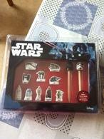 Coffret De 10 Feves  + 2  Feve  Hors Serie Embout De Crayon  Star  Wars - Personnages