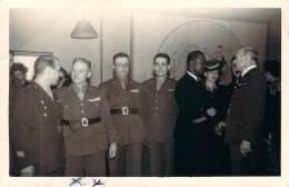 Photo - WW2 - New-York Le 29 Avril 1944, Rencontre De Militaires Français Et Américain Dont Le Médecin Général Le Dantec - Guerre, Militaire
