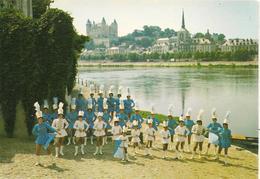 CPA-1960-49-SAUMUR-MAJORETTES SAUMUROISES-TBE - Danses