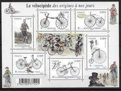 France 2011 Bloc Feuillet F4555 Neuf Luxe. Cyclisme Vélocipède Au Travers Les Ages - Blocs & Feuillets
