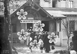 PHOTO(RETIRAGE)  Mai 1918 EVIAN  74 HAUTE SAVOIE DISPENSAIRE DE LA CROIX ROUGE AMERICAINE... - Reproductions